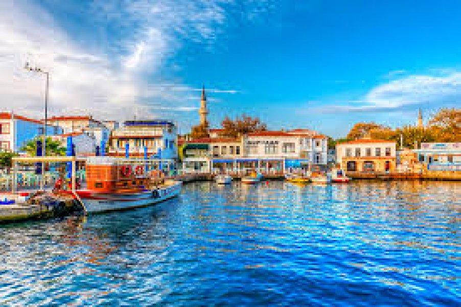 Kuzey Ege ve Çanakkale Şehitlik Turu (4 gece - 5 gün)